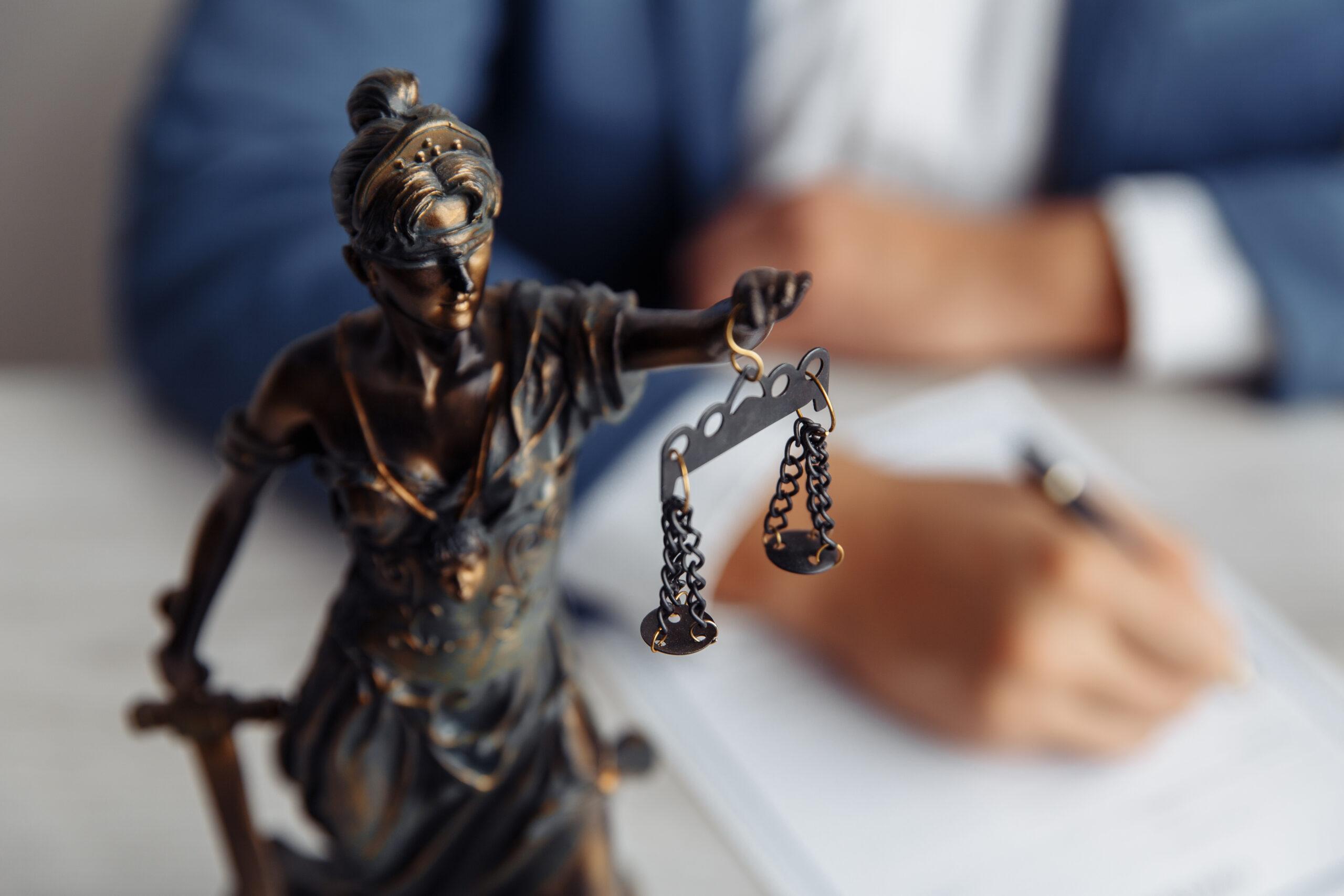 עורך דין סגירת חובות